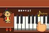 لعبة البيانو الحقيقي
