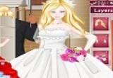 لعبة تلبيس فساتين زفاف باربي