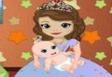 لعبة صوفيا مع ابنها