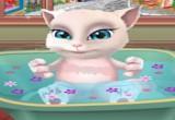 العاب استحمام القطة انجيلا